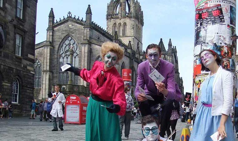 Anulohen pas 70 vjetësh, festivalet e Edinburgut!