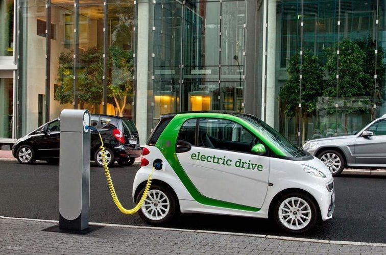 Makinat elektrike shpëtojnë mjedisin, Mile: Alternativë lëvizjeje për të ulur ndotjen e ajrit
