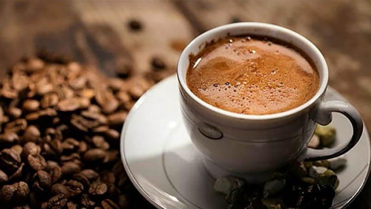 Të mbyllur në shtëpi, por shqiptarët nuk hoqën dorë nga kafeja: Importet shënojnë rekord historik në prill